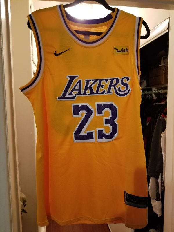 wholesale dealer 0e00f 0178b NWT Nike 2019 Lebron James Los Angeles Lakers Home Jersey L 16 Champ. Patch  for Sale in Los Angeles, CA - OfferUp