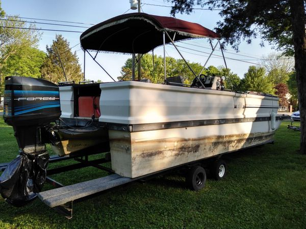 1988 28ft ventura pontoon