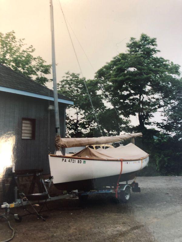 Sailboat / catboat ... 1991 marshall marine sandpiper