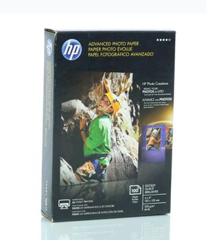 """HP Photo Paper 4"""" x 6"""" Glossy 100 Pack for Sale in Las Vegas, NV"""