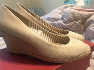 Cream wedges. Worn once. Size 9 for Sale in Arlington, VA