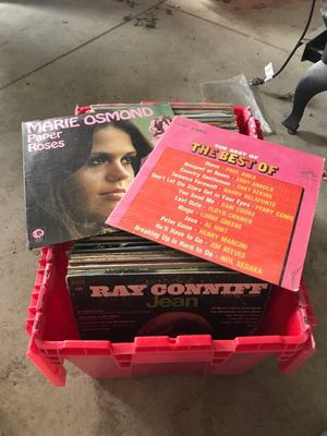 Tub of records for Sale in Marengo, OH