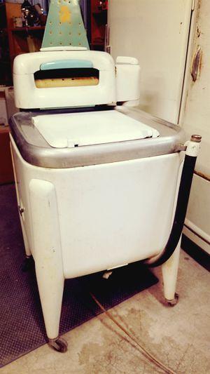 Vintage Maytag Washing Machine for Sale in Las Vegas, NV