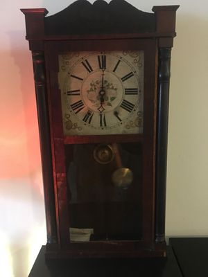 Clock for sale, over a hundred year old antique yet still works just fine. for Sale in Germantown, MD
