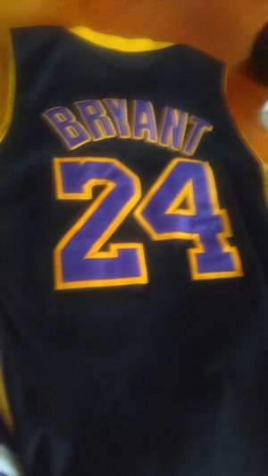 Laker's jersey championship good condition for Sale in Las Vegas, NV