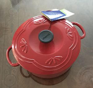 Brand new Chantal 4 qt Dutch oven for Sale in Rockville, MD
