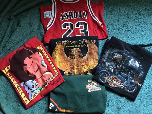 ef585179b995 Vintage Clothes Michael Jordan jersey Harley Davidson etc. San Bernardino  ...