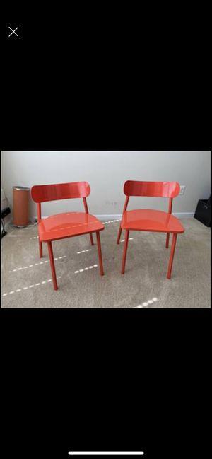 Photo Orange chairs
