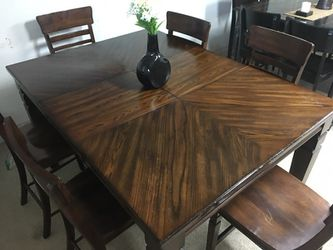 Pub table with 6 chairs Thumbnail