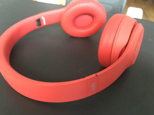 Beats Solo3 Wireless  Product Red  for Sale in Sunnyvale 5e3e1945ea7f
