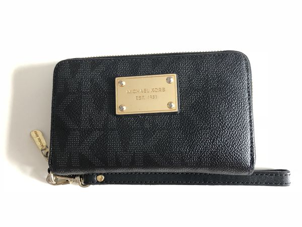 f13d50e75bc5 MK wallet!!! (Jewelry   Accessories) in Queens