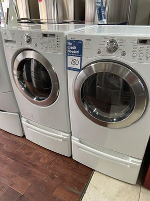 Photo 🔥🔥🔥LG Tromm Front Load Washer and Dryer Set 🔥🔥🔥