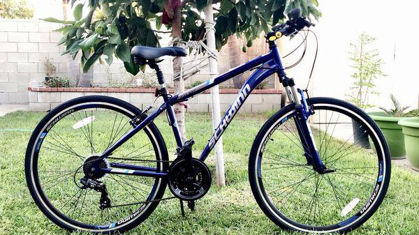 4cec966d4cd Schwinn hybrid bike men trailway 28
