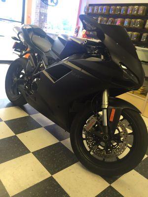 DUCATI 848 EVO MATTE BLACK 5500 MLES for Sale in Richmond, VA