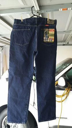 Jeans wrangler authentic regular fit size w36 l32 new Thumbnail