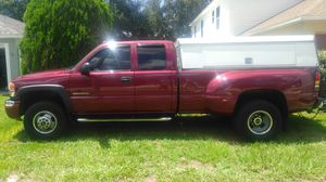 05 GMC extended cab dually for Sale in Lake Helen, FL