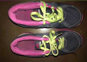 Nike women's shoes for Sale in Orlando, FL