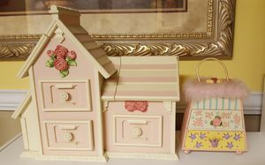Princess house jewelry box for Sale in Martinsburg, WV