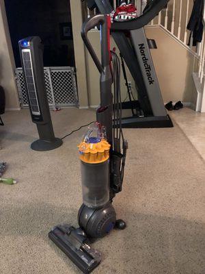 Dyson DC40 Origin vacuum cleaner for Sale in Corona, CA