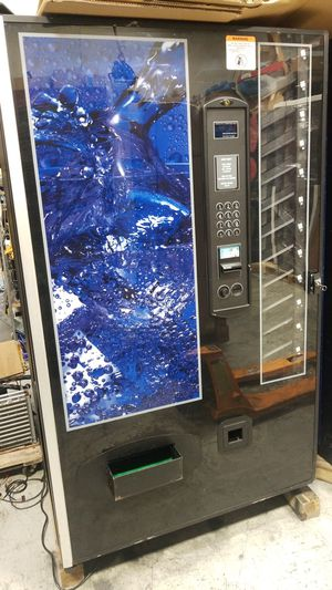 Soda vending machine for Sale in Gaithersburg, MD