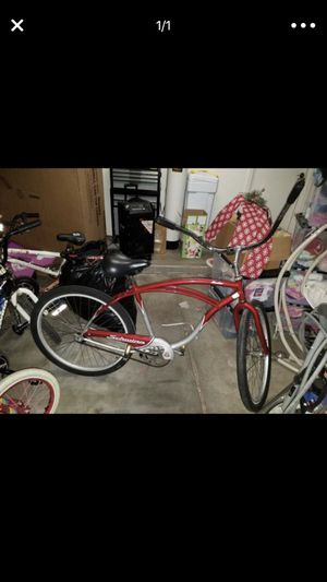 Schwinn Cruiser Bike for Sale in Phoenix, AZ