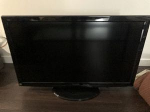 Panasonic LCD 46in TV for Sale in Portland, OR