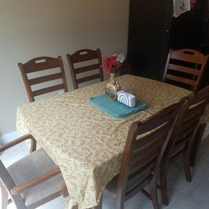 Dining Table For Sale In Lancaster PA