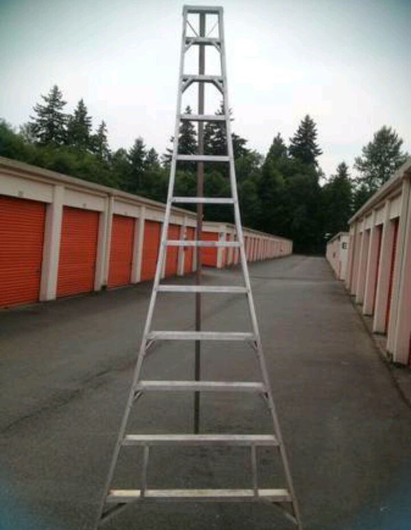 12 Aluminum Tripod Orchard Ladder For Sale In Edmonds Wa