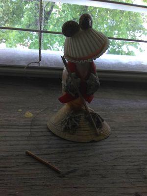 Frog made from seashells(broken) 2$-3$ for Sale in Salt Lake City, UT