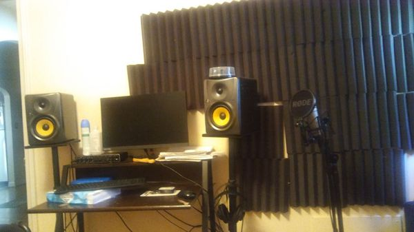 Entire recording studio with Studio One and FL studio and Auto-Tune with I  lock for Sale in Euclid, OH - OfferUp