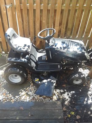 Ride on lawn mower for Sale in Capitol Heights, MD