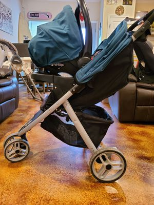 Photo Graco Stroller plus car seat