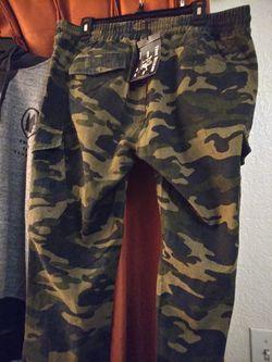 True Religeon Size 38 Camo Drawstring pants Thumbnail
