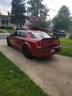 2008 Chrysler 300c v8 114k miles clean tittle good condition and straight pipe for Sale in Silver Spring, MD