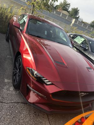 18' Ford Mustang EcoBoost for Sale in Silver Spring, MD