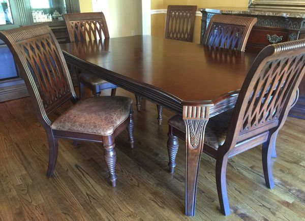 Bernhardt Embassy Row Dining Room Set Nice For Sale In Birmingham Al Offerup