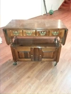 Plymouth Pine Island/TV Stand for Sale in Lynchburg, VA