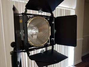 Full 3-peice Lowel light kit (everything included) for Sale in Washington, DC