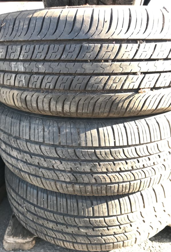 Used Tires Portland >> 4 Used Tires Size 205 65 15 Lemane For Sale In Portland Or Offerup