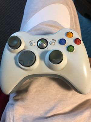 Xbox 360 Controller (No Battery Pack) for Sale in Cleveland, OH