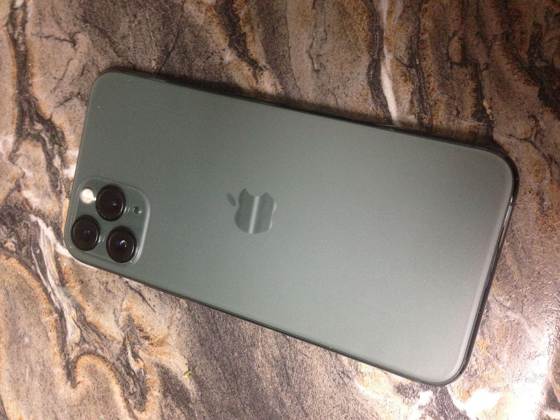 IPhone 11 Pro   UNLOCKED   Green