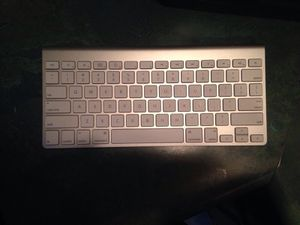 Apple wireless keyboard Bluetooth for Sale in Pittsburgh, PA