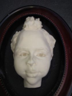 Face Picture Frame Thumbnail