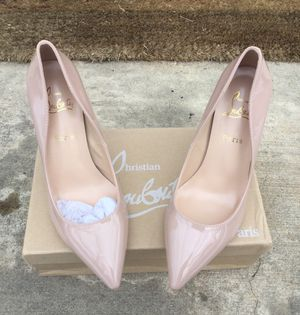 Brand New Nude pumps-Sz 9.5-10 for Sale in Fort Washington, MD