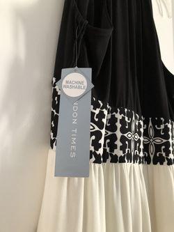 Beautiful black and white dress . Thumbnail