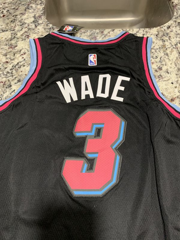 more photos 63ded 1d70a Wade jersey black pink Miami Heat Nike jersey XL for Sale in Mesa, AZ -  OfferUp