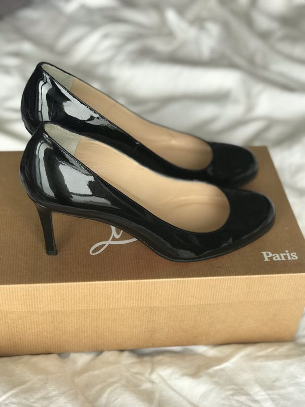 23202e9e1d9 Christian Louboutin Simple Pumps, Size 37 for Sale in Chicago, IL - OfferUp