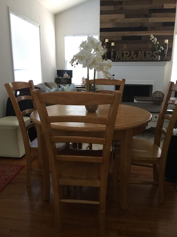 farmhouse dining room table and 4 chairs with extended leaf to make ...