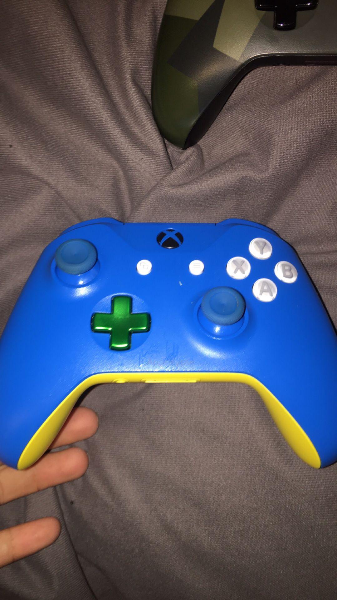 3 Xbox remotes