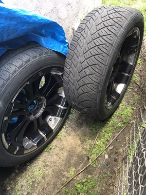Photo 22 inch rims with tires